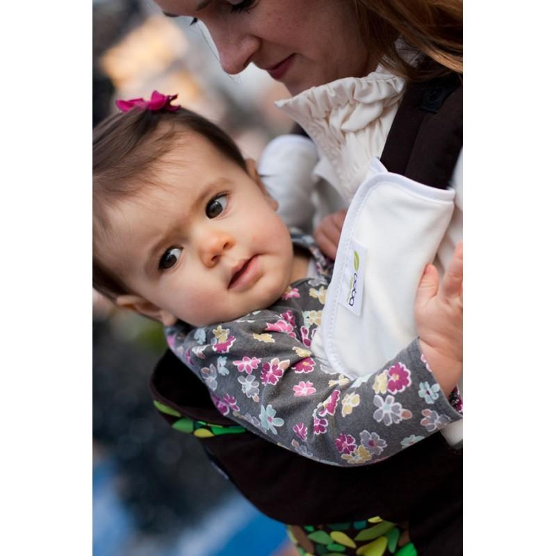 Conseil, bébé qui pleure en porte-bébé
